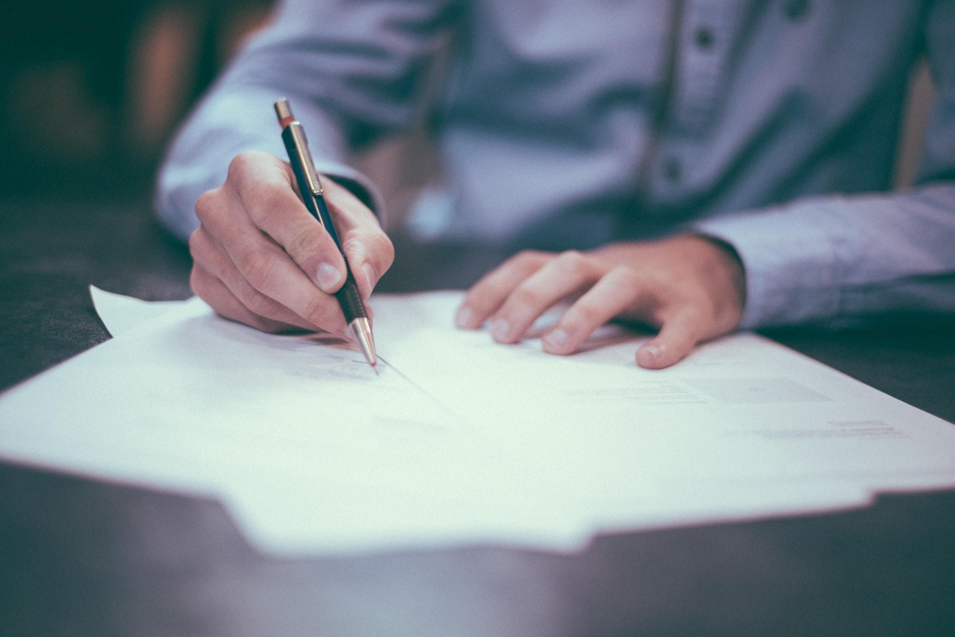Vertrag unterschreiben Kaufrecht